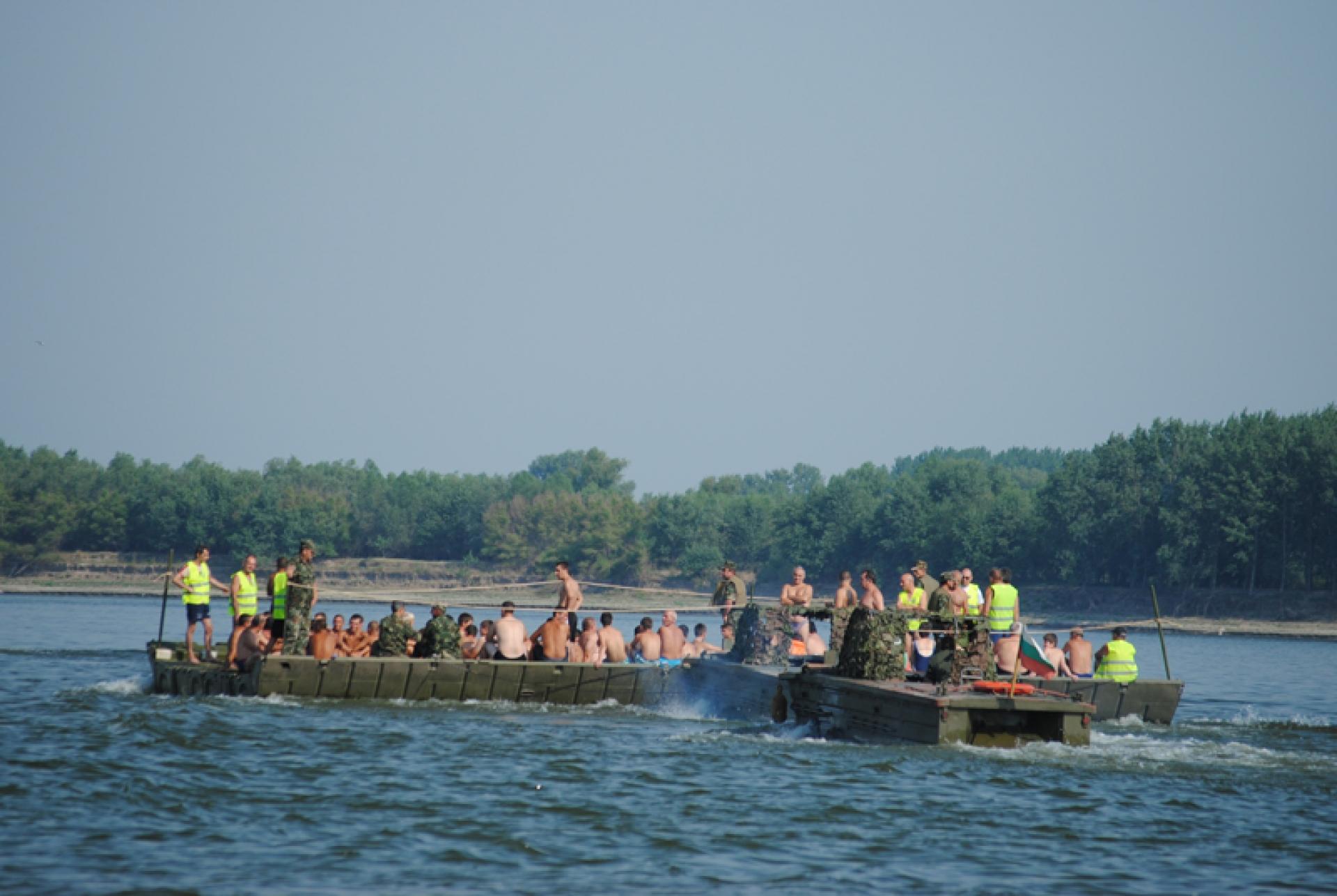 Масово преплуване на р. Дунав 2021