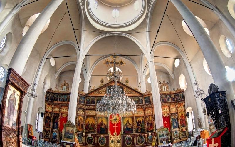 """Катедрален храм """"Св. Троица"""""""