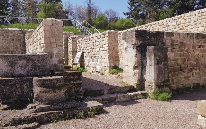Римски военен лагер Нове